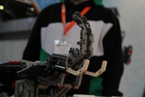 Auch die kleinen durften Bauen. Ziel: Roboter aus Lego herzustellen